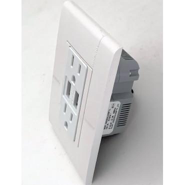 Contacto Dúplex con entrada  para USB BTICINO 3